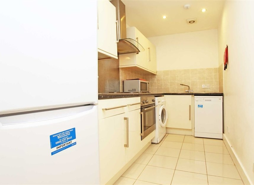 Properties to let in Cleveland Street - W1T 6PE view2