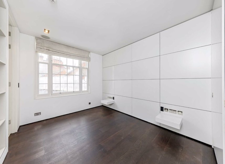 Properties to let in Cliveden Place - SW1W 8HE view6