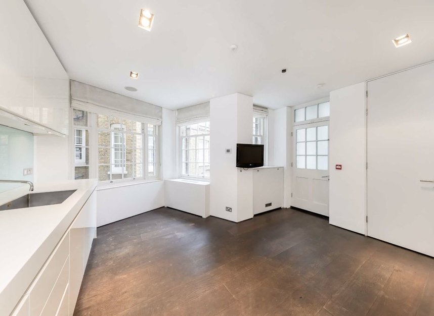 Properties to let in Cliveden Place - SW1W 8HE view4