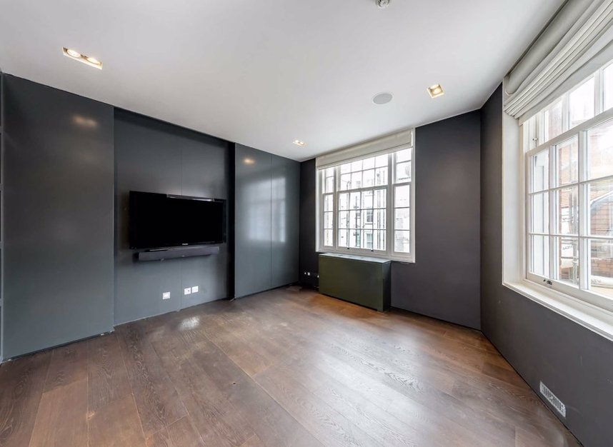 Properties to let in Cliveden Place - SW1W 8HE view5
