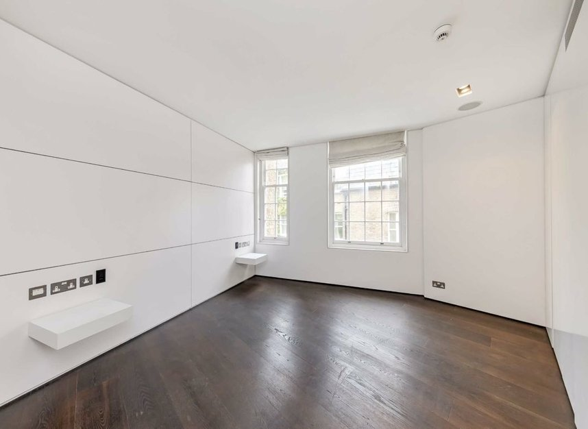 Properties to let in Cliveden Place - SW1W 8HE view10