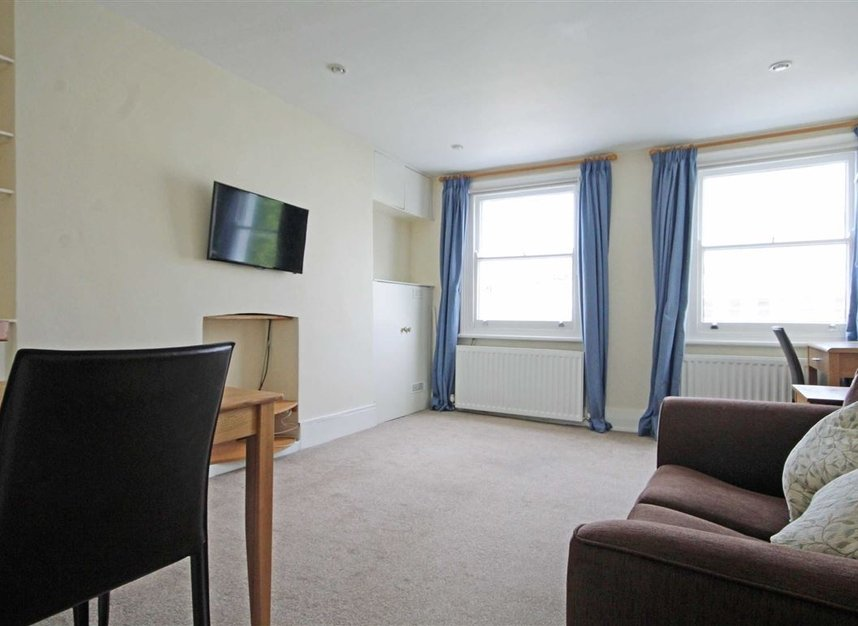 Properties to let in Comeragh Road - W14 9HP view2