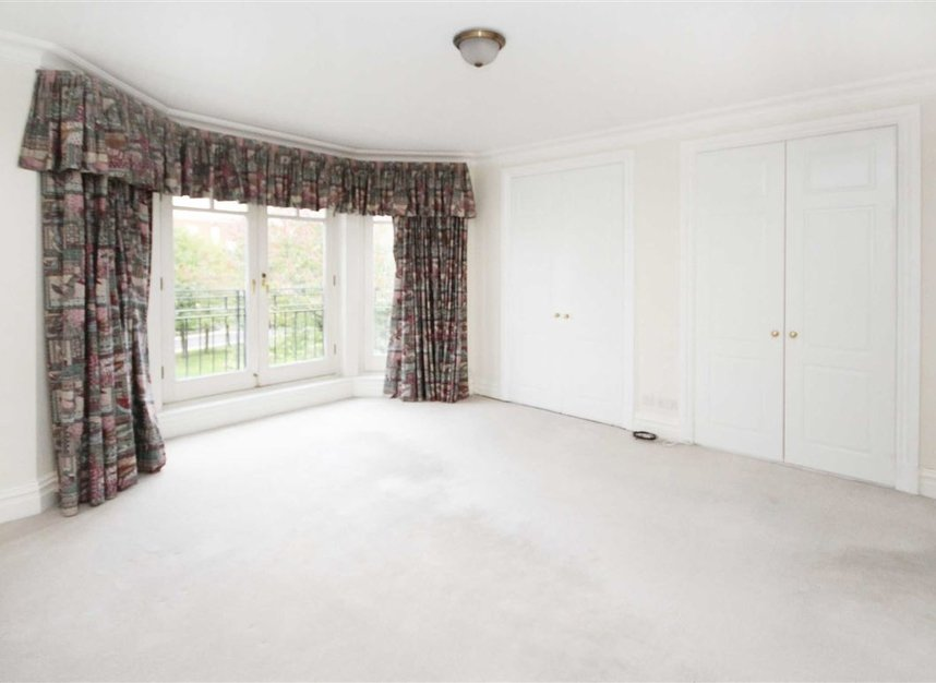 Properties to let in Denton Road - TW1 2TN view3