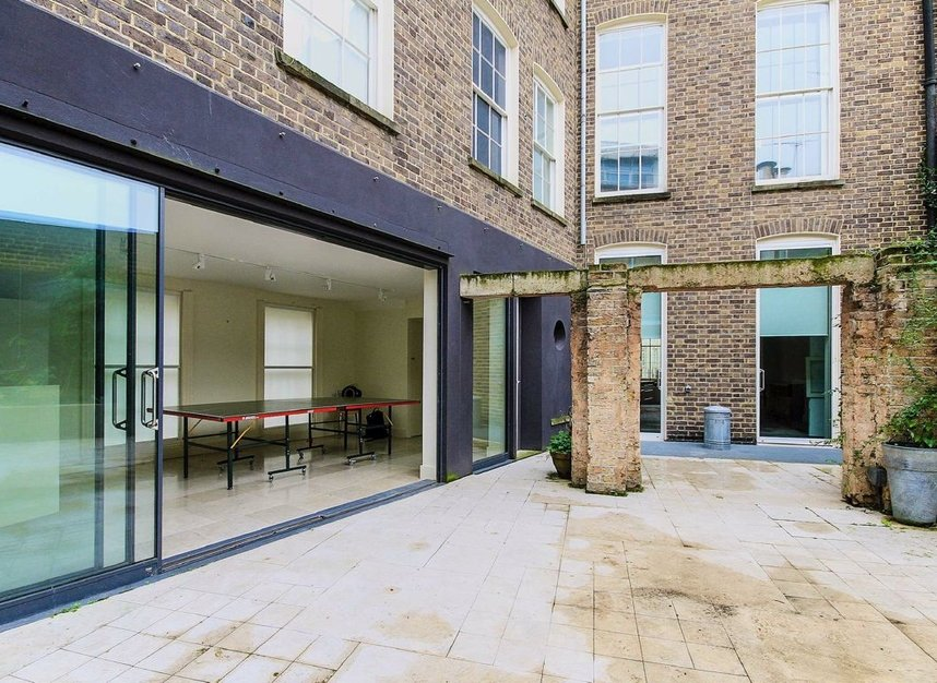 Properties to let in Doughty Street - WC1N 2JZ view3
