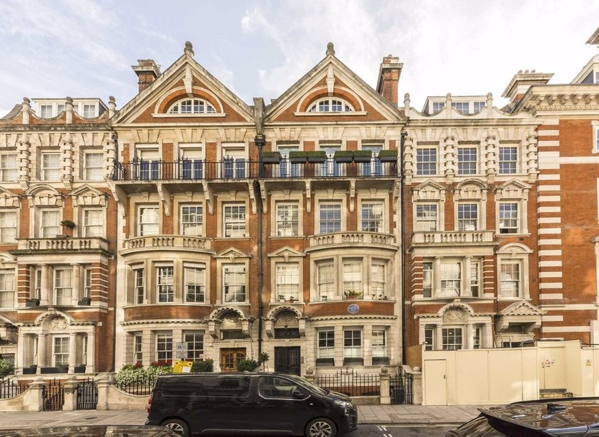 Properties to let in Dunraven Street - W1K 7EG view1