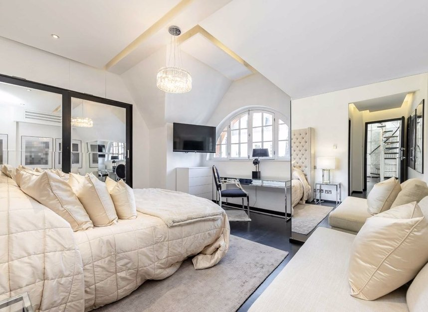 Properties to let in Dunraven Street - W1K 7EG view4