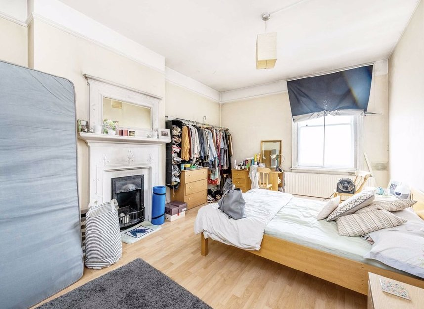 Properties let in Earls Court Road - SW5 9QF view6