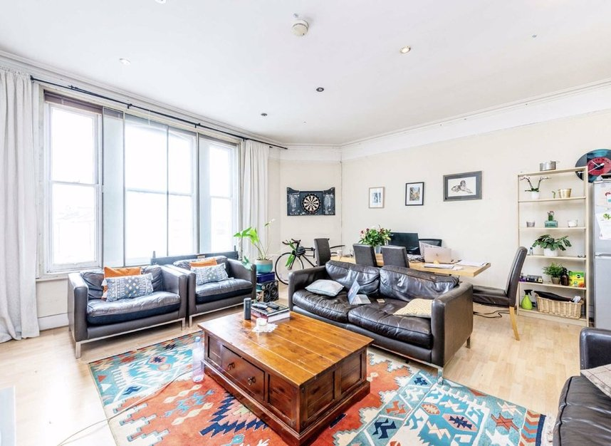 Properties let in Earls Court Road - SW5 9QF view3