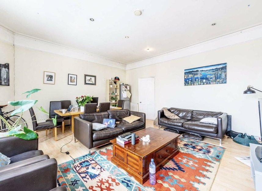 Properties let in Earls Court Road - SW5 9QF view4