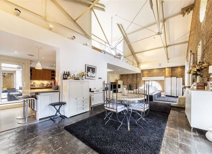 Properties to let in East Smithfield - E1W 1AT view6