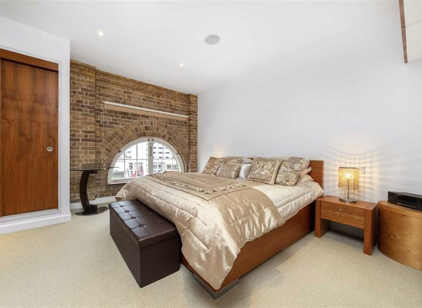 Properties to let in East Smithfield - E1W 1AT view10