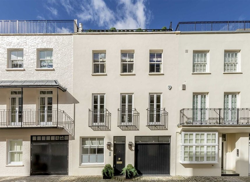 Properties to let in Eaton Mews South - SW1W 9HP view1