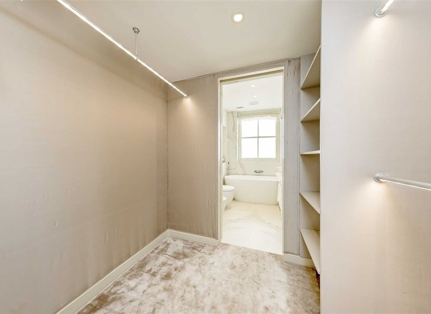 Properties to let in Eaton Mews South - SW1W 9HP view15