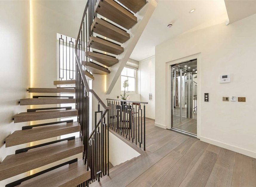 Properties to let in Eaton Mews South - SW1W 9HP view3