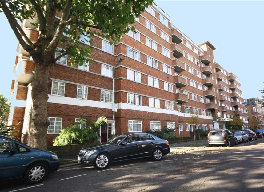 Properties to let in Edith Villas - W14 9AA view1
