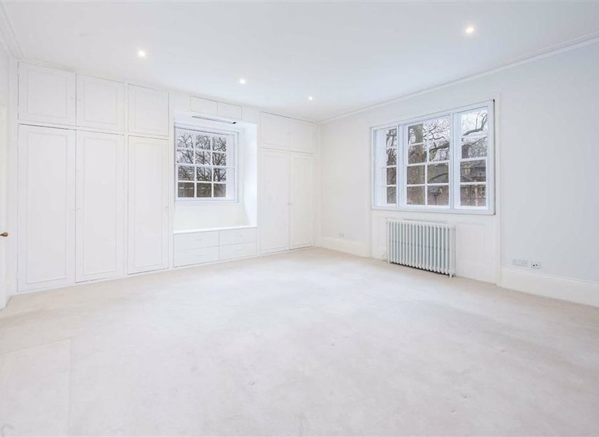 Properties to let in Egerton Crescent - SW3 2EB view6