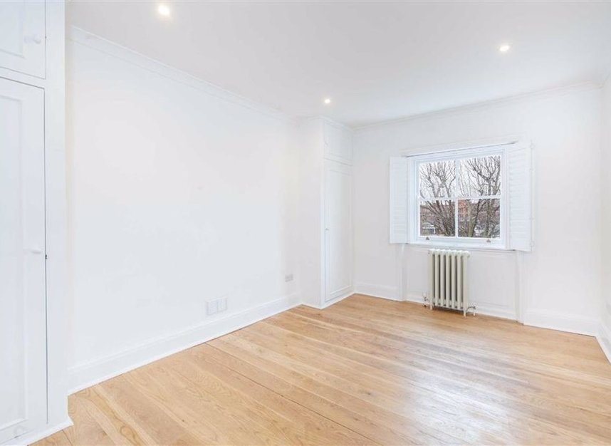 Properties to let in Egerton Crescent - SW3 2EB view7