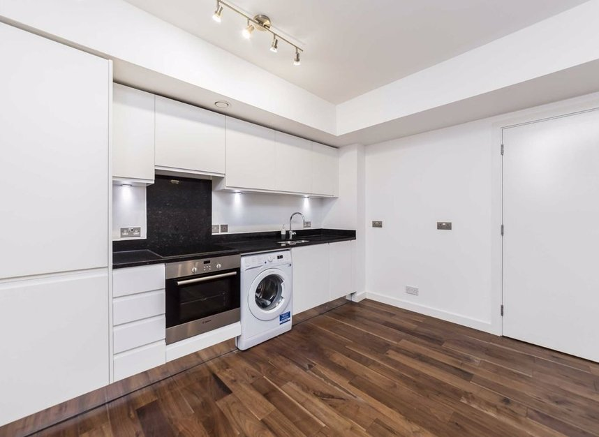 Properties to let in Elmore Street - N1 3AH view4