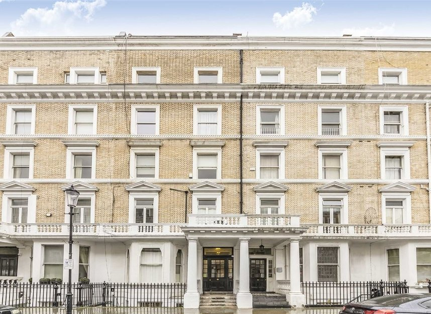 Properties to let in Elvaston Place - SW7 5QG view1