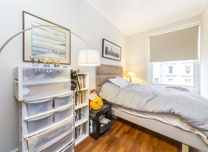 Properties to let in Elvaston Place - SW7 5QG view4