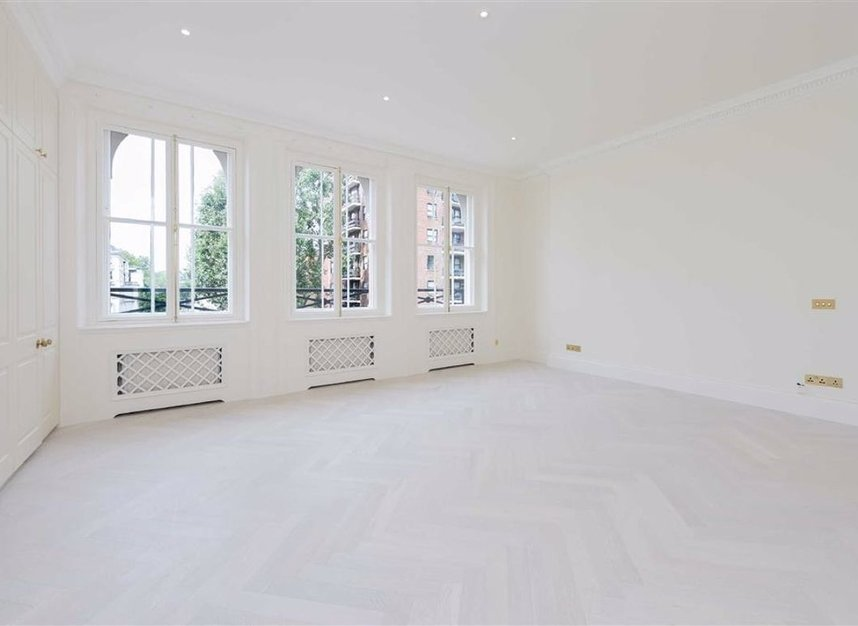Properties to let in Ennismore Gardens - SW7 1NH view4