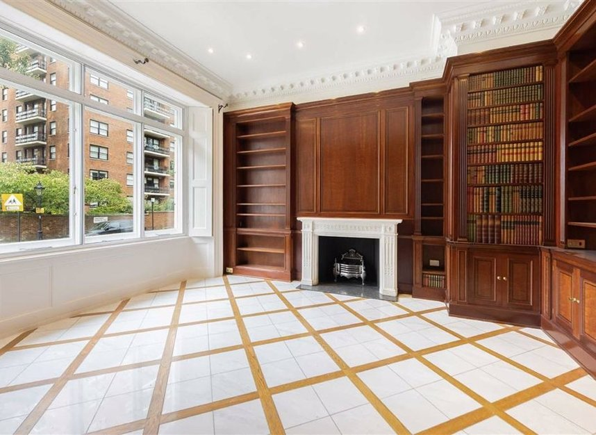 Properties to let in Ennismore Gardens - SW7 1NH view2
