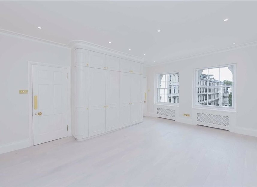 Properties to let in Ennismore Gardens - SW7 1NH view7