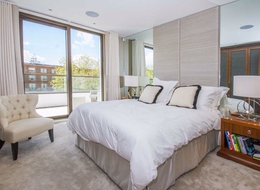 4 Bedrooms 4 Bathrooms short let flat to rent in Finchley Road - NW8 6DR view6