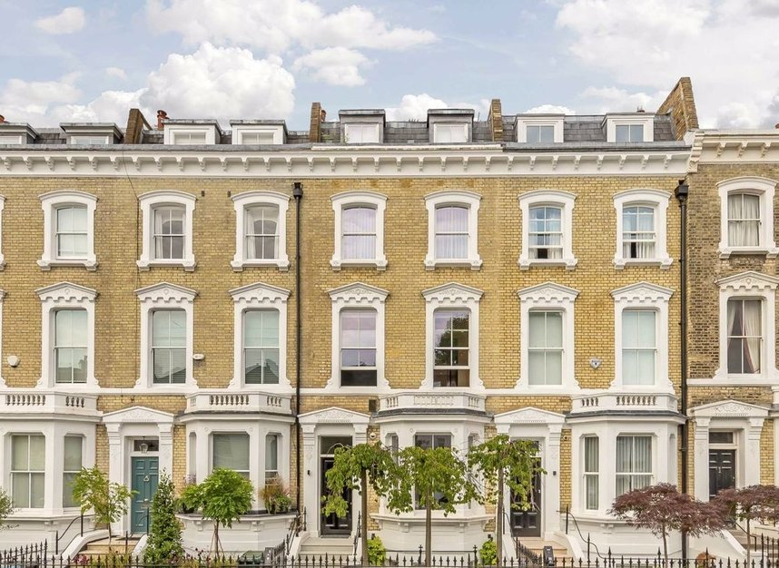 Properties to let in Glebe Place - SW3 5LB view1