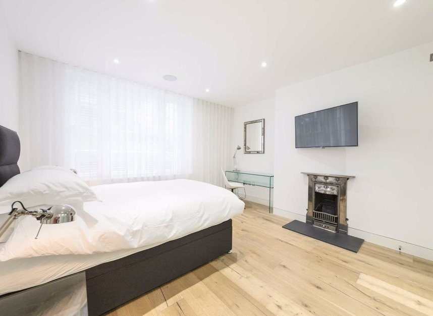 Properties to let in Gloucester Avenue - NW1 7BA view7
