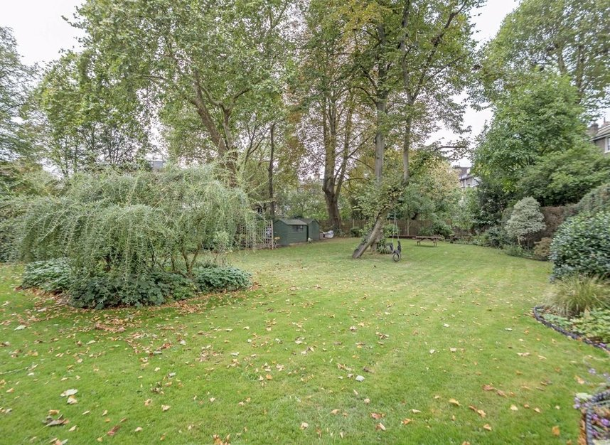 Properties to let in Gloucester Avenue - NW1 7BA view4