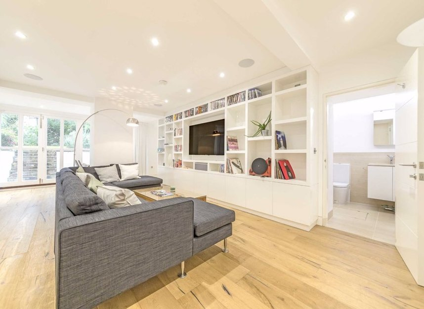 Properties to let in Gloucester Avenue - NW1 7BA view5