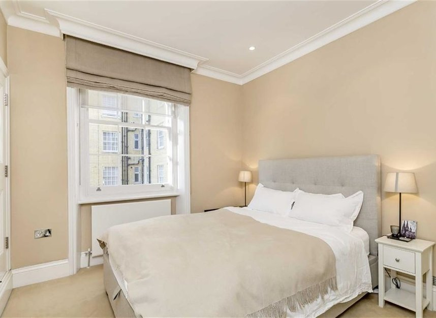 Properties to let in Great Cumberland Place - W1H 7LJ view4