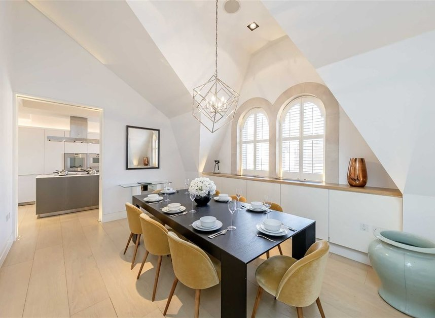 Properties to let in Green Street - W1K 6RQ view4