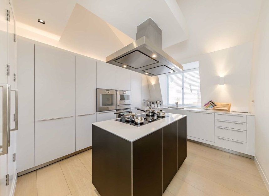 Properties to let in Green Street - W1K 6RQ view5
