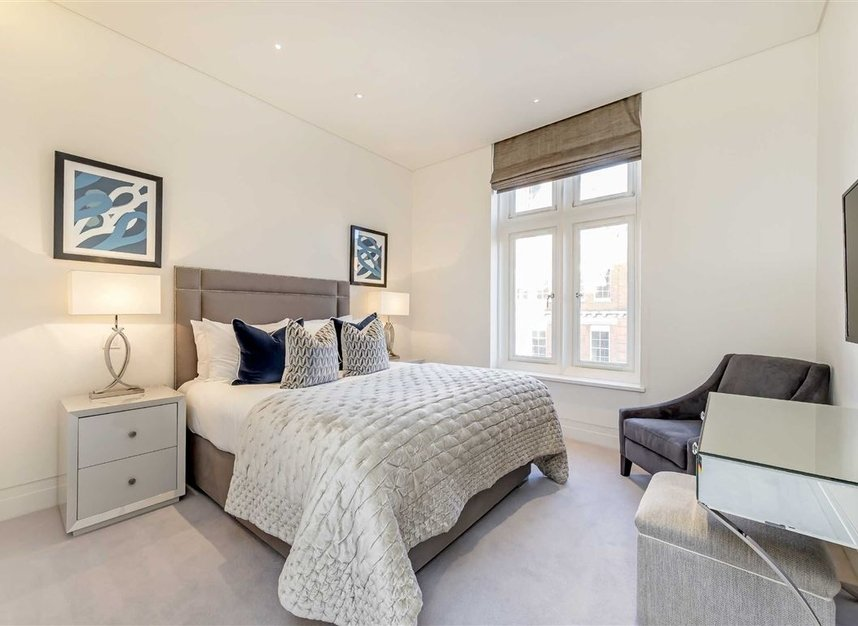 Properties to let in Green Street - W1K 6RQ view7