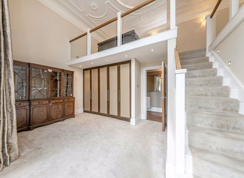 Properties to let in Grosvenor Gardens - SW1W 0BD view4