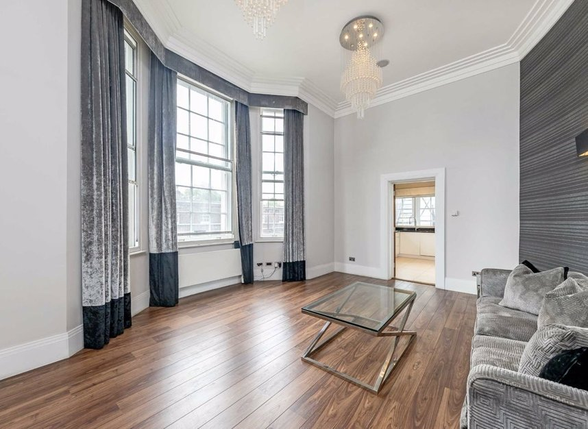 Properties to let in Grosvenor Gardens - SW1W 0BD view2