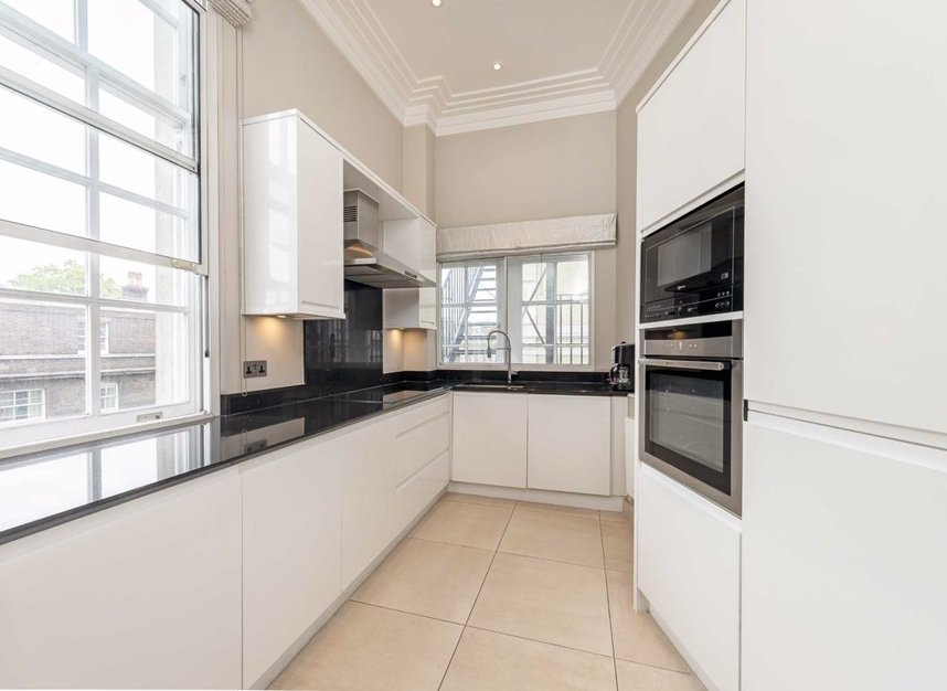 Properties to let in Grosvenor Gardens - SW1W 0BD view3