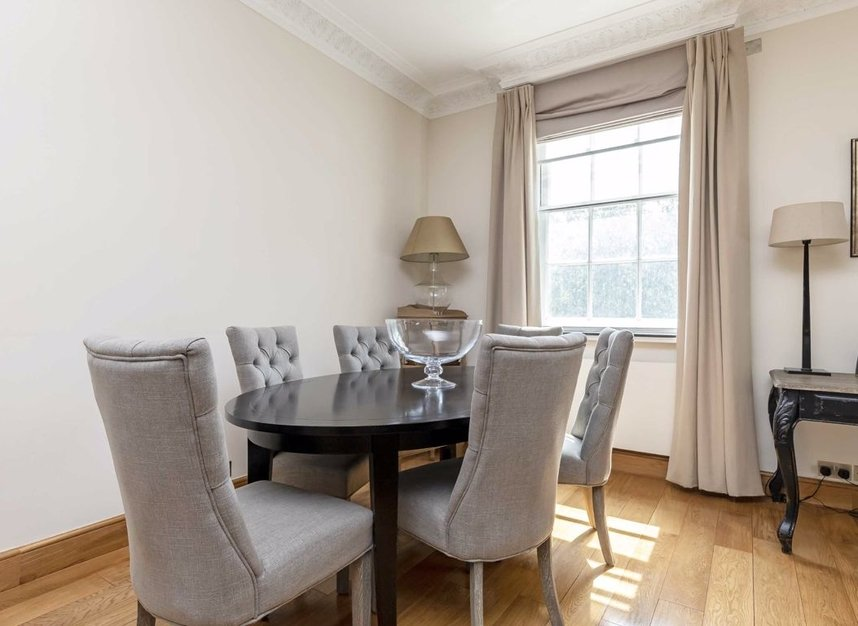 Properties let in Grosvenor Square - W1K 6LB view4