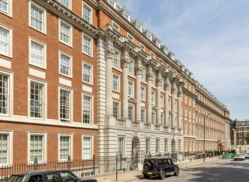 Properties let in Grosvenor Square - W1K 6LB view1