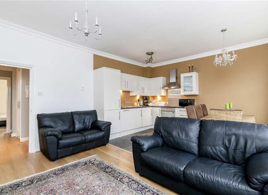 Properties to let in Gwendwr Road - W14 9BG view3