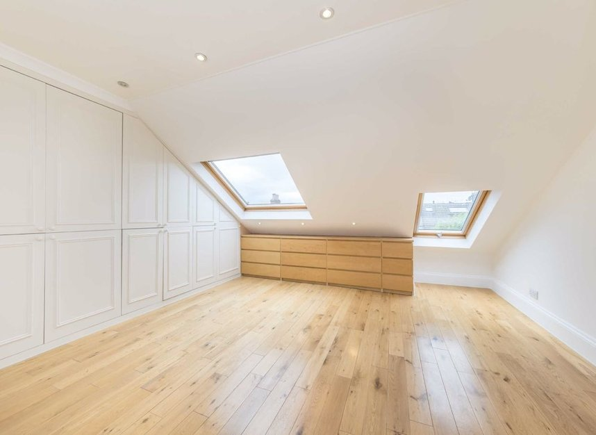 Properties to let in Hartismere Road - SW6 7UB view7