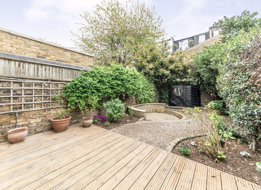 Properties to let in Hartismere Road - SW6 7UB view12