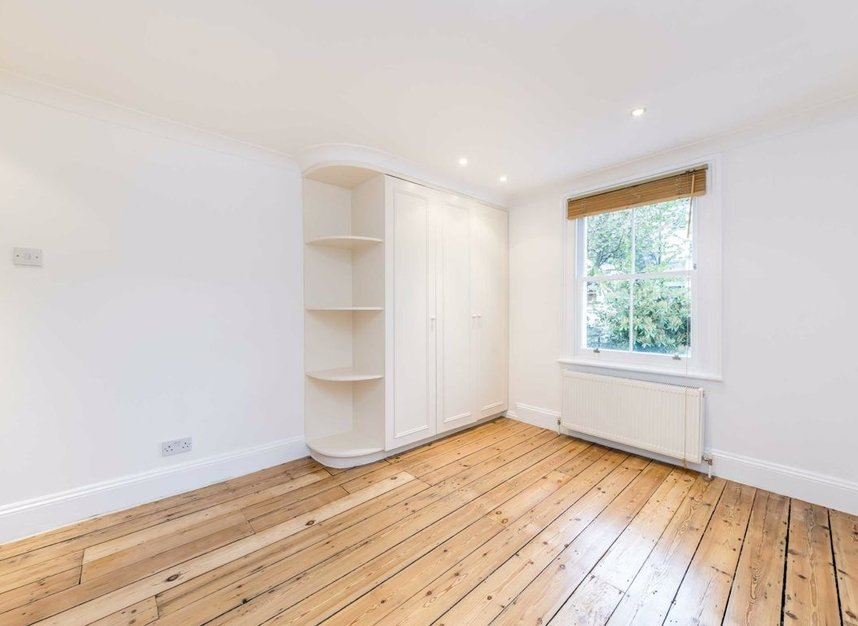 Properties to let in Hartismere Road - SW6 7UB view9