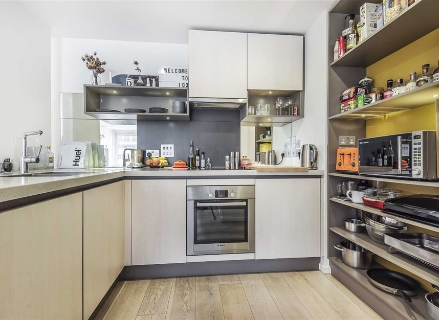 Properties to let in Hertford Road - N1 5ET view3