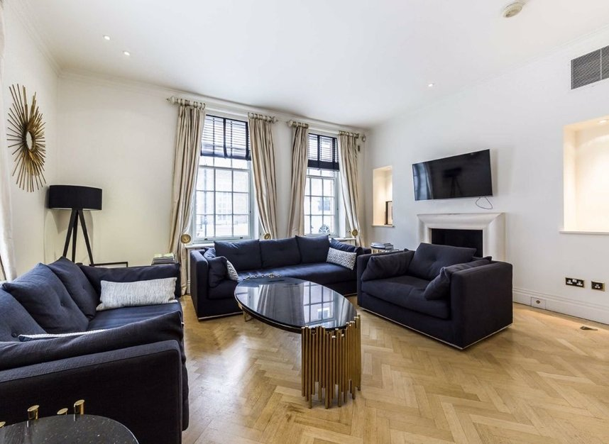 Properties to let in Hertford Street - W1J 7SW view2