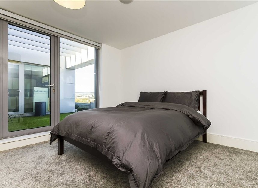Properties to let in Highbury Stadium Square - N5 1FJ view6