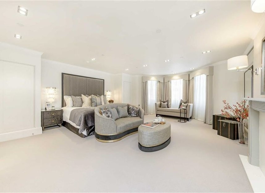 Properties to let in Hill Street - W1J 5NN view7