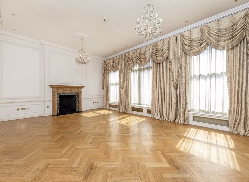 Properties to let in Hill Street - W1J 5NW view2